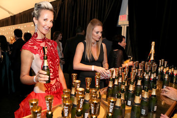 Victoria Hervey The Weinstein Company and Netflix Golden Globe Party, Presented With FIJI Water, Grey Goose Vodka, Lindt Chocolate, and Moroccanoil - Inside