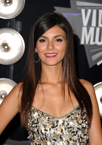 Victoria Justice Actress Victoria Justice arrives at the 2011 MTV Video Music Awards at Nokia Theatre L.A. LIVE on August 28, 2011 in Los Angeles, California.