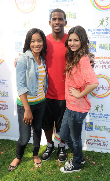 Victoria Justice Nickelodeon's (L-R) Keke Palmer. NBA player Chris Paul and Nickelodeon's Victoria Justice pose during Nickelodeon's Annual Worldwide Day of Play at NYC Big Brothers Big Sisters RBC Race for the Kids Event in Riverside Park on September 25, 2010 in New York City.
