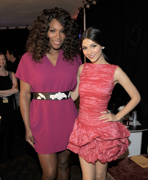 Victoria Justice Tennis player Serena Williams (L) and actress Victoria Justice pose backstage during Nickelodeon's 2011 TeenNick HALO Awards held at the Hollywood Palladium on October 26, 2011 in Hollywood, California. The show premieres on Sunday, Nov.7th at 9:00p.m. (ET) on Nick at Night.