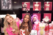Romee Strijd (L) and Jasmine Tookes attend Victoria's Secret Angels Jasmine Tookes and Romee Strijd Share The Perfect Gifts for Valentine's Day on February 07, 2019 in Los Angeles, California.