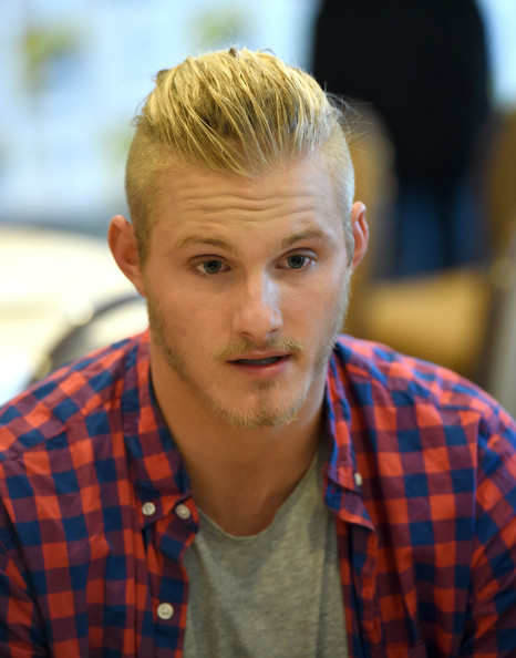 Alexander ludwig pictures quot vikings quot at comic con 2014