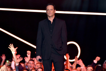 Vince Vaughn American Country Countdown Awards Show — Part 2