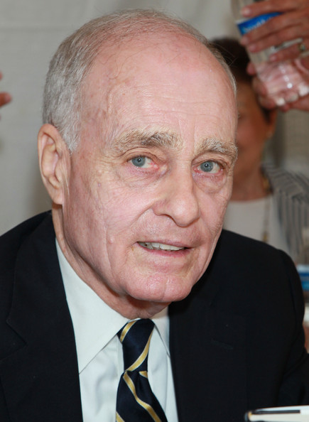 Vincent Bugliosi Net Worth