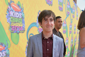 Vincent Martella Nickelodeon's 27th Annual Kids' Choice Awards - Red Carpet
