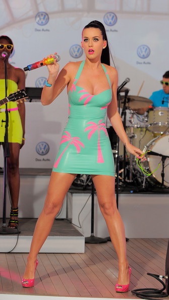 Katy+Perry in Volkswagen's New 2011 Compact Sedan World Premiere