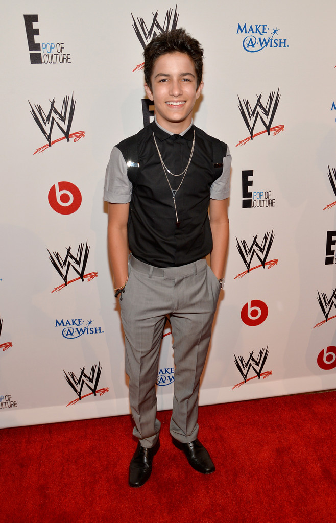 Aramis Knight Photos - Arrivals at WWE's 'Superstars for Hope ...