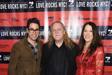 Warren Haynes The Second Annual LOVE ROCKS NYC! A Benefit Concert for God's Love We Deliver - Red Carpet