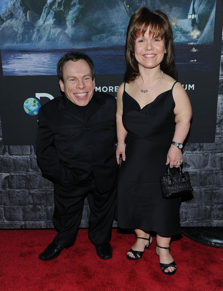 Warwick Davis and Sam Davis Photos - Zimbio