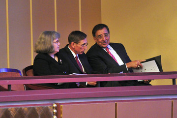 """Holly Petraeus Washington Gathers For """"A Call To Compassion 9/11"""" Concert"""