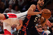 Courtney Lee #5 of the New York Knicks drives toward the basket during the third quarter of the game against Washington Wizards at Madison Square Garden on December 03, 2018 in New York City. NOTE TO USER: User expressly acknowledges and agrees that, by downloading and or using this photograph, User is consenting to the terms and conditions of the Getty Images License Agreement.