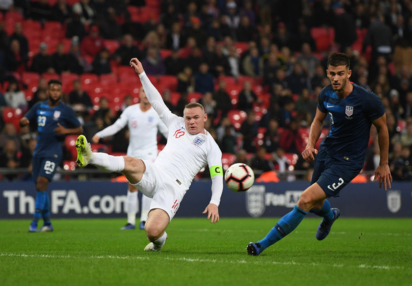 England Vs. United States - International Friendly [player,sports,sports equipment,football player,team sport,ball game,soccer player,sport venue,football,soccer,international friendly,wayne rooney,matthew miazga,ball,united states,england,united kingdom,london,attempts,match]
