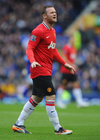 Wayne Rooney Vs Everton Wayne Rooney Wayne Rooney of Manchester United shouts at team mates
