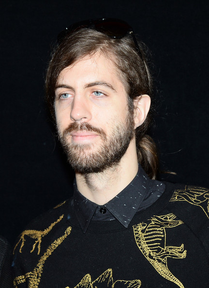 The 30-year old son of father (?) and mother(?), 167 cm tall Daniel Wayne Sermon in 2017 photo