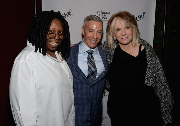 who is whoopi dating Whoopi goldberg caryn elaine johnson (born november 13, 1955), known professionally as whoopi goldberg (/ ˈ w ʊ p i /), is an american actress, comedian, author, and television host she has been nominated for 13 emmy awards for her work in television and is one of the few entertainers to have won an emmy award, a grammy award, an.