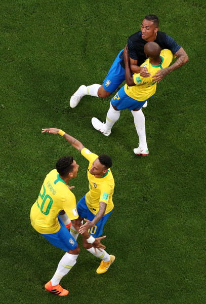 Brazil vs. Mexico: Round of 16 - 2018 FIFA World Cup Russia [football player,football,player,sports equipment,soccer,sports,team sport,soccer player,ball game,ball,neymar jr,teammates,goal,russia,mexico,samara arena,brazil,team,round,2018 fifa world cup]