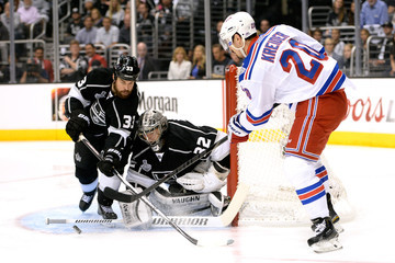 Willie Mitchell Jonathan Quick 2014 NHL Stanley Cup Final - Game Five