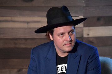 Win Butler Salesforce's #MakeChangeSeries Happy Hour With KCRW's Anne Litt In Conversation With Win Butler And Régine Chassagne Of Arcade Fire