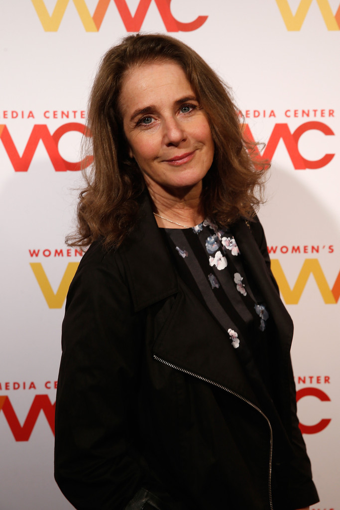 winger women Directed by stephen gyllenhaal with debra winger, barbara hershey, gabriel  byrne, laurie metcalf martha horgan, a naive woman with an intellectual.