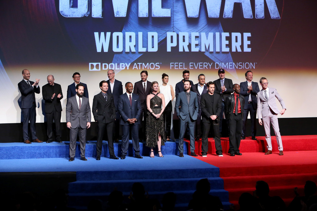 http://www4.pictures.zimbio.com/gi/World+Premiere+Marvel+Captain+America+Civil+FS8TLu7_pYMx.jpg