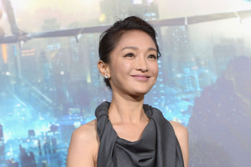 "Xun Zhou Premiere Of Warner Bros. Pictures' ""Cloud Atlas"" - Red Carpet"