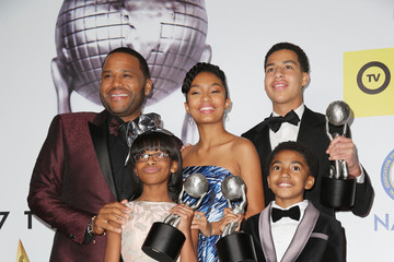 Yara Shahidi Anthony Anderson 47th NAACP Image Awards Presented By TV One - Press Room