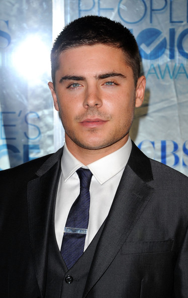 zac efron 2011 hair. black Zac+efron+2011 Hair