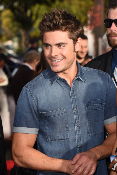 Zac Efron Pictures - Arrivals at the MTV Movie Awards ... Zac Efron Movies