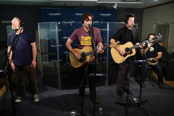 Zach Lind Celebs Stop by the Sirius Radio Studios