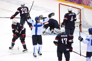 Zach Parise Ryan Kesler Ice Hockey - Winter Olympics Day 15