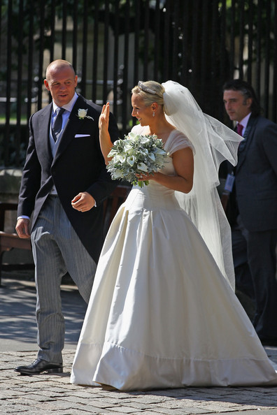 zara_phillips_wedding_dress