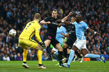 Zlatan Ibrahimovic Joe Hart Manchester City FC v Paris Saint-Germain - UEFA Champions League Quarter Final: Second Leg