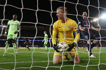 Zlatan Ibrahimovic Joe Hart Paris Saint-Germain v Manchester City FC - UEFA Champions League Quarter Final: First Leg
