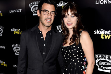 "Zooey Deschanel Premiere Of Roadside Attractions' ""The Skeleton Twins"" - Red Carpet"
