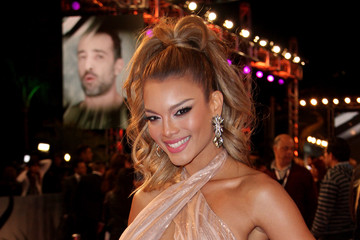 Zuleyka Rivera Arrivals at the Premios Lo Nuestros Awards — Part 2