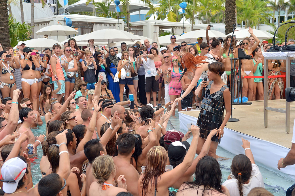 Iheartradio ultimate pool party presented by visit florida for Ultimate pool show