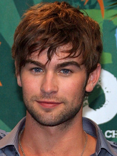 Carrie Underwood dated Chace Crawford - Carrie Underwood Boyfriend ...