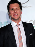 Hayes MacArthur Ali Larter married