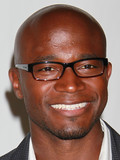 Taye Diggs Idina Menzel married