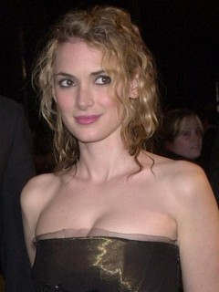 Winona Ryder dated Pag...