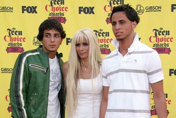 Victoria gotti loses growing up gotti mansion to foreclosure