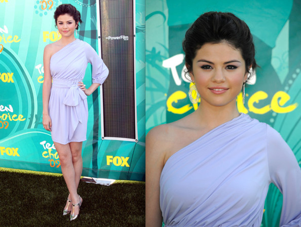 Selena Gomez Clothes From Wizards Of Waverly Place. Selena Gomez!