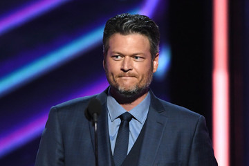 Hmm... Blake Shelton Might Be 'People's Sexiest Man Alive 2017