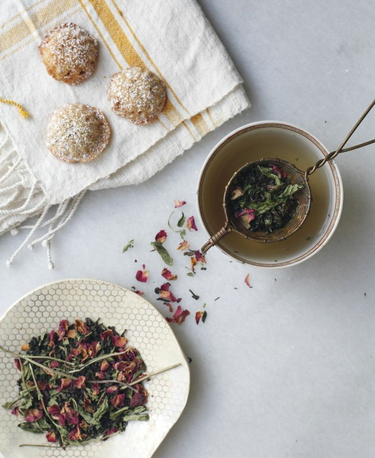 Diana Yen's Tea Blend and Mini Almond-Cranberry Cakes | Lonny.com