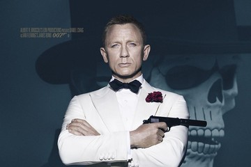 Bond Mix Tape 'Spectre' Recalls 007's Past, Fails to Impress