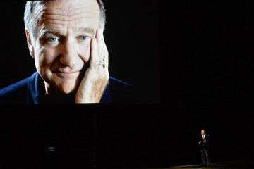 Watch Billy Crystal's Poignant Tribute to Robin Williams at the Emmys