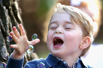 3-Year-Old Prince George Playing With Bubbles Will Make Your Day