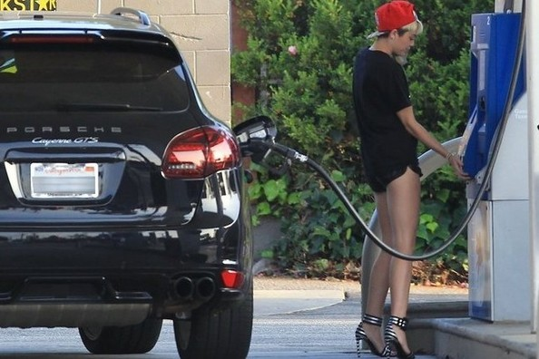 This Is What Miley Cyrus Wears to Pump Gas