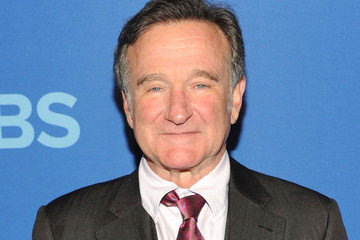 Robin Williams Dies at 63, Suicide Suspected