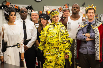 Let the 'Brooklyn Nine-Nine' Cast Show You the Funniest Way to Get a Stenographer Fired
